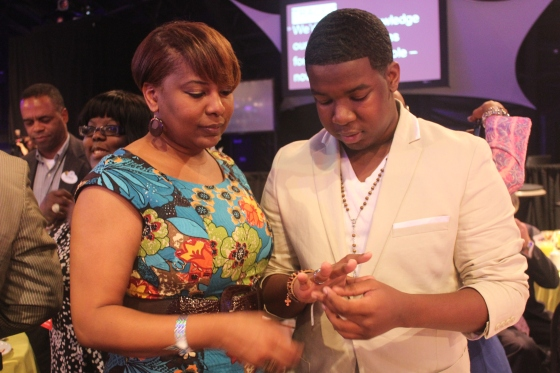 Thomas Darby (Apopka, Florida) receives his Jostens School Ring from his mother