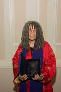 Poet, Activitist, and Retired Professor Sonia Sanchez accepts the Richard A. Long Award for longterm support to ZORA! Festival