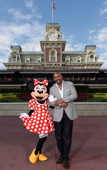 Steve Harvey Welcomes the 2015 Disney Dreamers Academy at Walt Disney World Resort