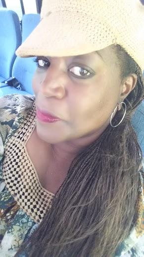 Oaks Blluff Black Blogger
